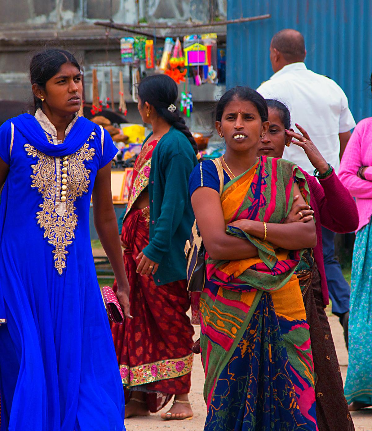 INDIEN Chennai Menschen Tempel FINEST-onTour 7467.jpg