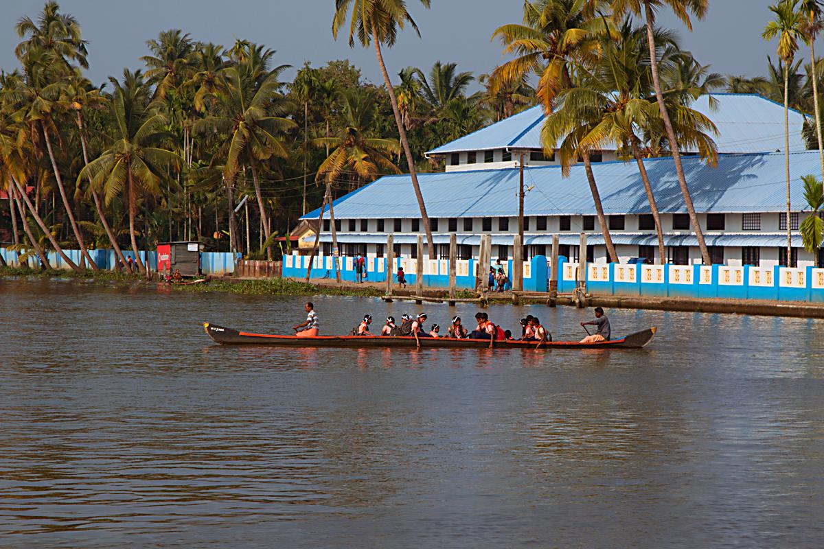 INDIEN Menschen Leben am Fluss FINEST-onTour 8492.jpg