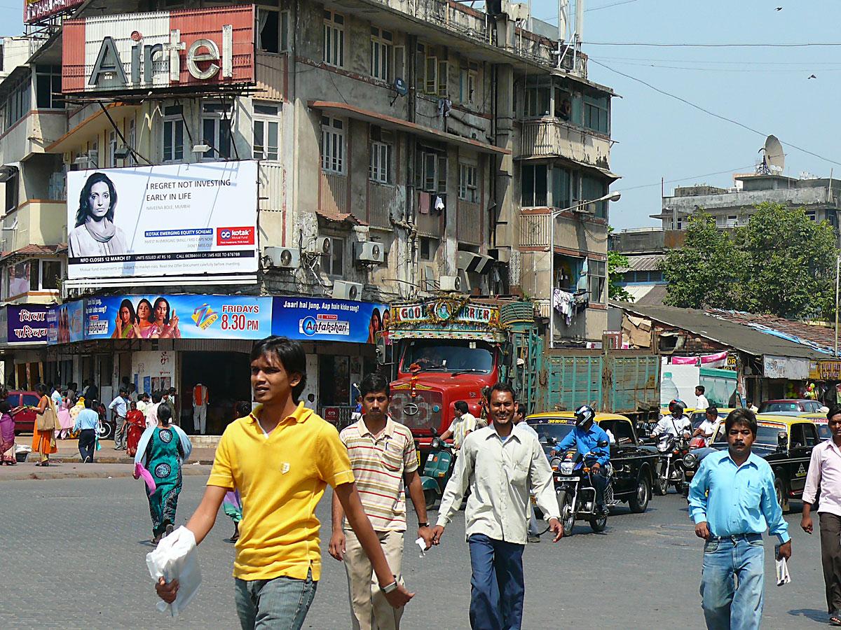 INDIEN MUMBAI Menschen Wohnen FINEST-onTour P1030360.jpg