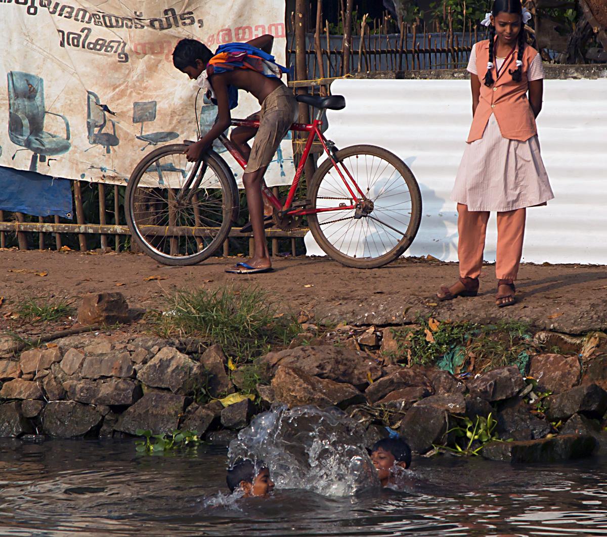 INDIEN Menschen Leben am Fluss FINEST-onTour 8689.jpg