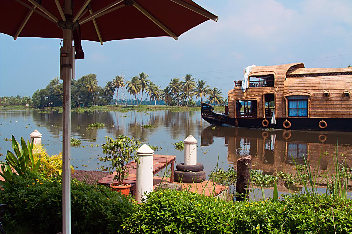 INDIEN Menschen Leben am Fluss FINEST-onTour 8392.jpg