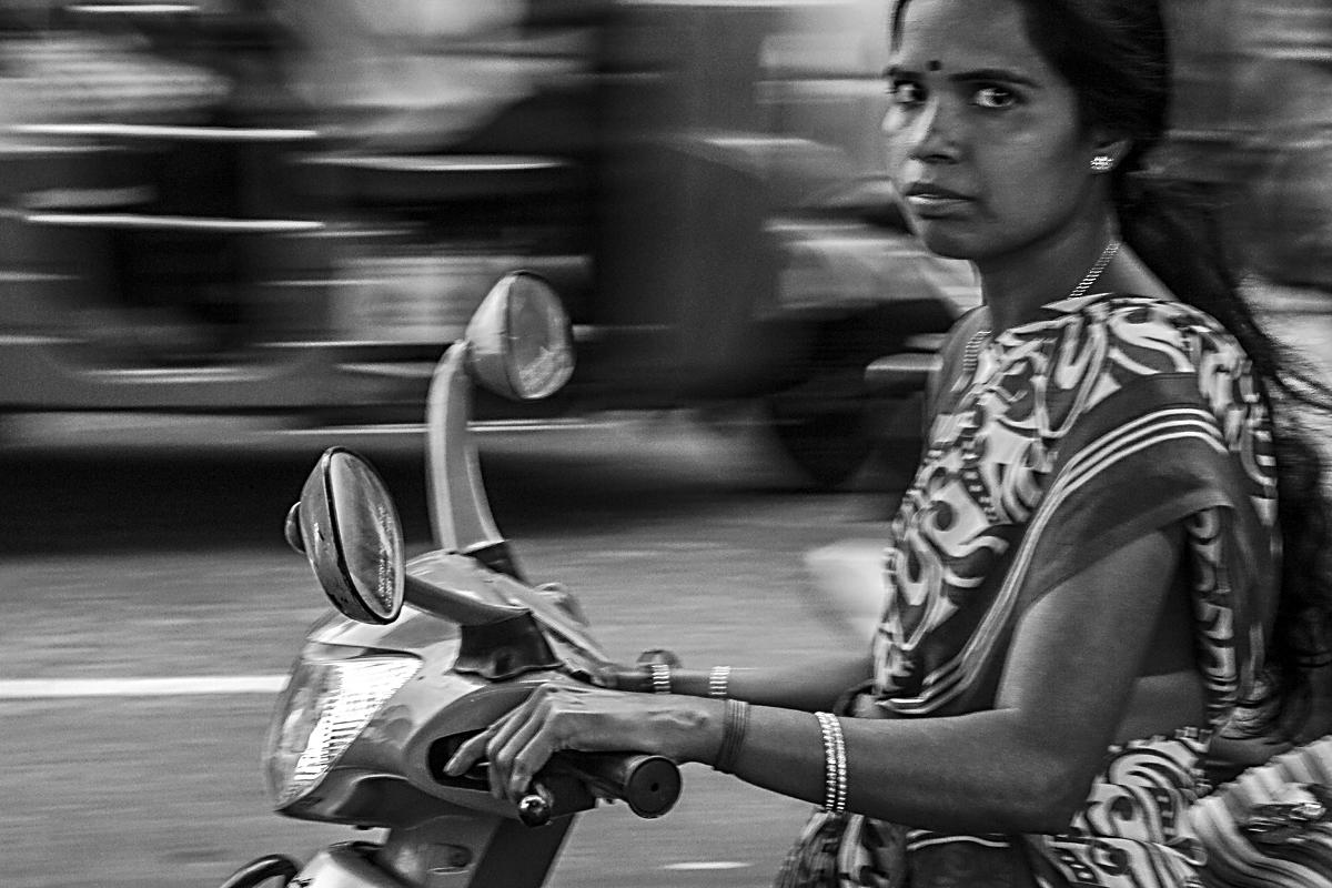 INDIEN Chennai Menschen Tempel FINEST-onTour 7247-sw.jpg
