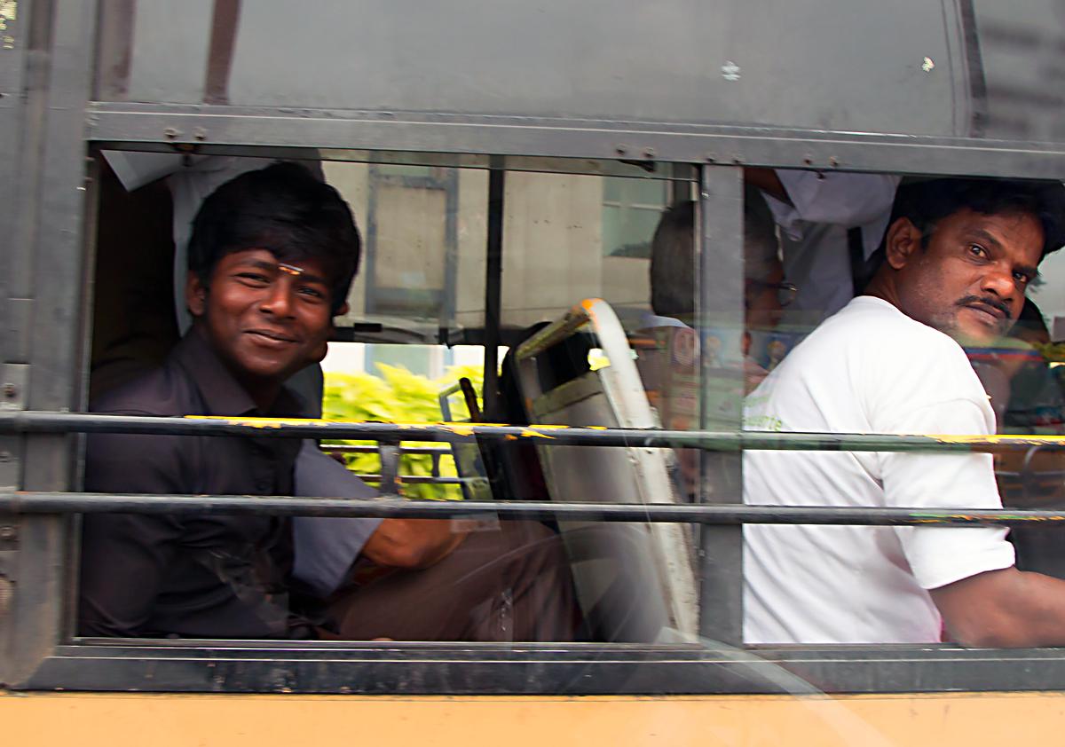 INDIEN Chennai Menschen Tempel FINEST-onTour 7187.jpg