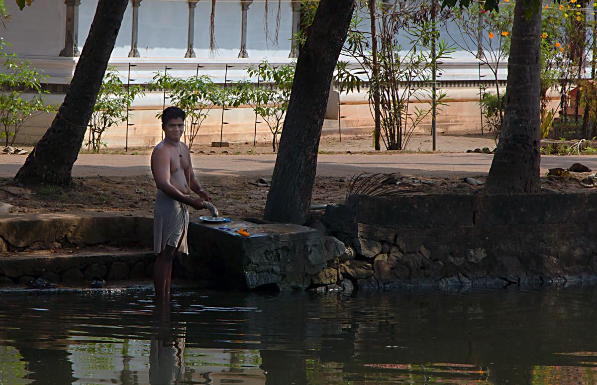 INDIEN Menschen Leben am Fluss FINEST-onTour 8376.jpg