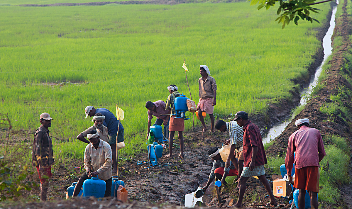 INDIEN Menschen Leben am Fluss FINEST-onTour 8639.jpg