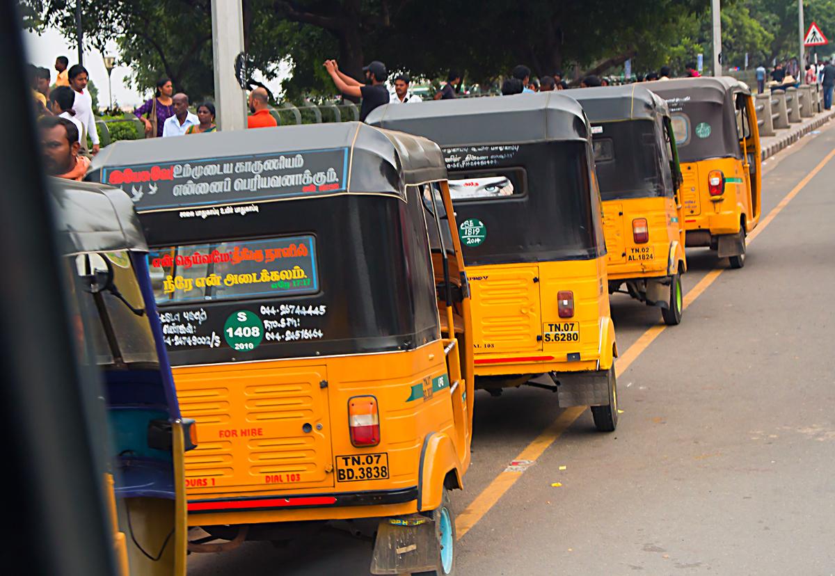 INDIEN Chennai Menschen Tempel FINEST-onTour 7192.jpg
