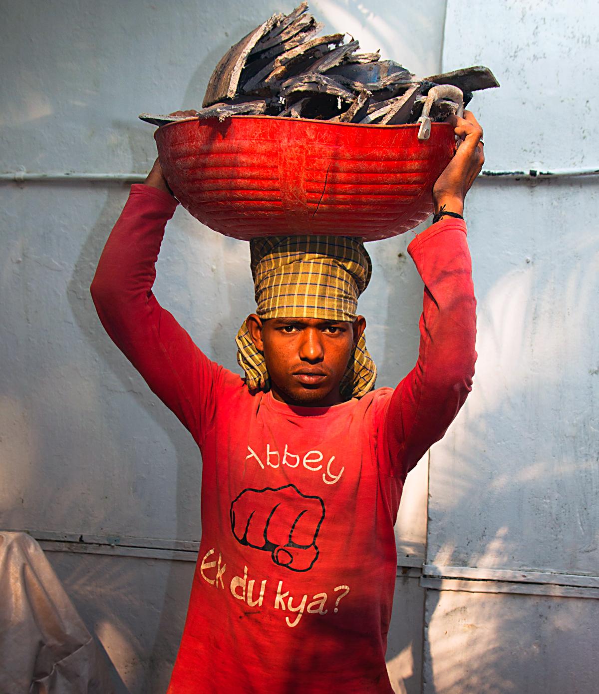 INDIEN Cochin Kerala Menschen Fischmarkt FINEST-onTour 8820.jpg