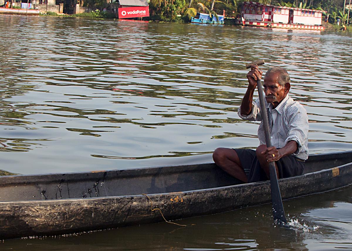 INDIEN Menschen Leben am Fluss FINEST-onTour 8519.jpg