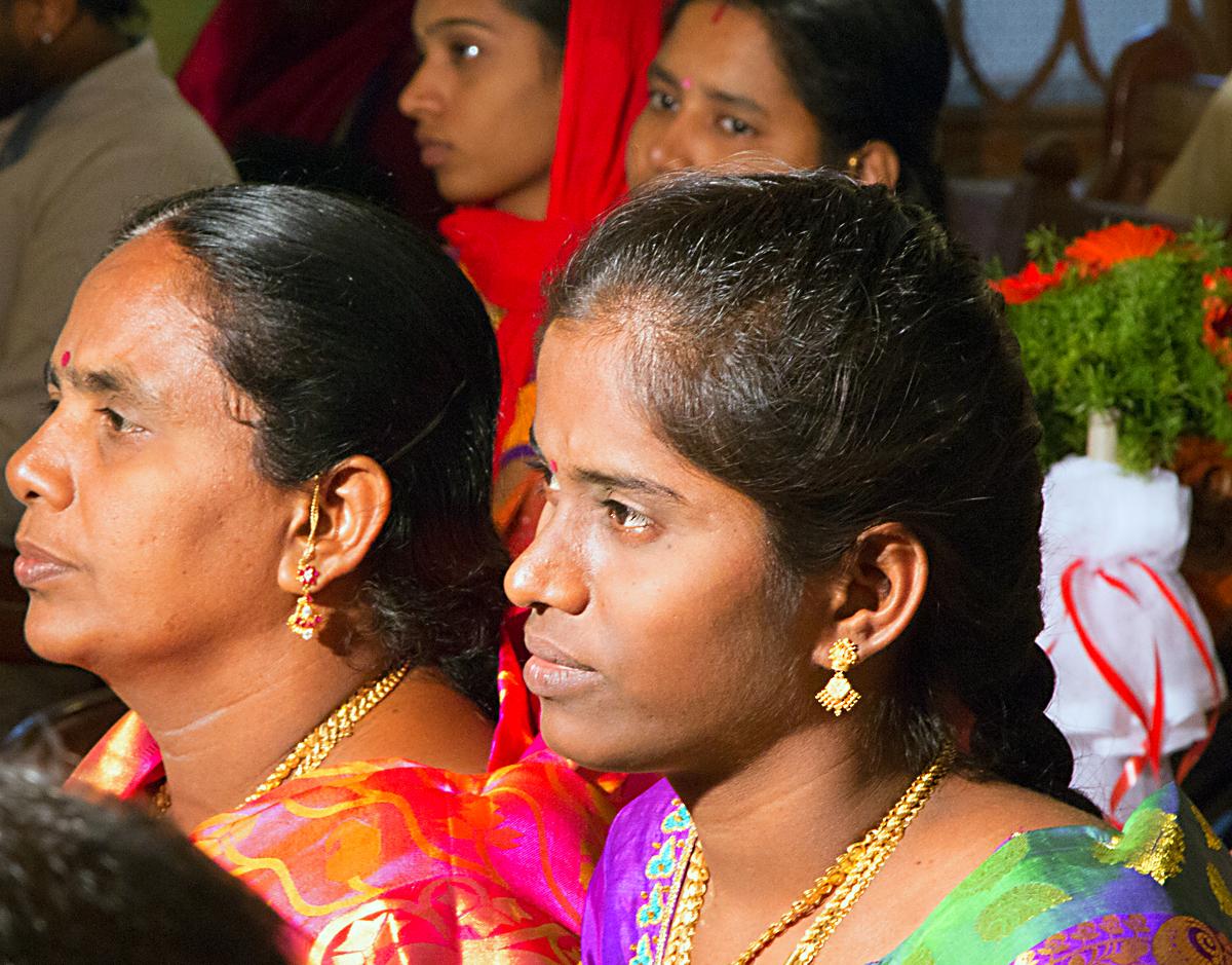 INDIEN Chennai Menschen Tempel FINEST-onTour 7258.jpg