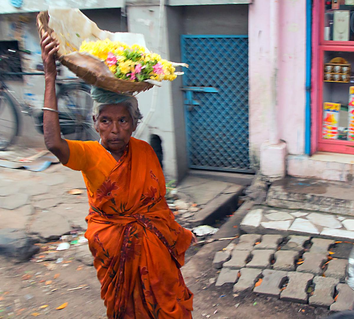 INDIEN Chennai Menschen Tempel FINEST-onTour 7271.jpg