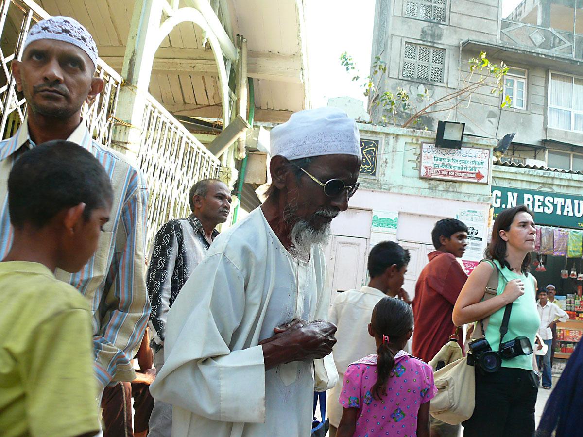 INDIEN MUMBAI Menschen Wohnen FINEST-onTour P1030594.jpg