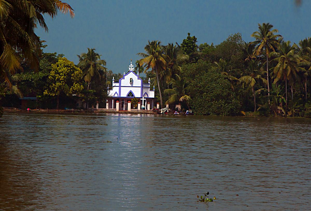 INDIEN Menschen Leben am Fluss FINEST-onTour 8441.jpg