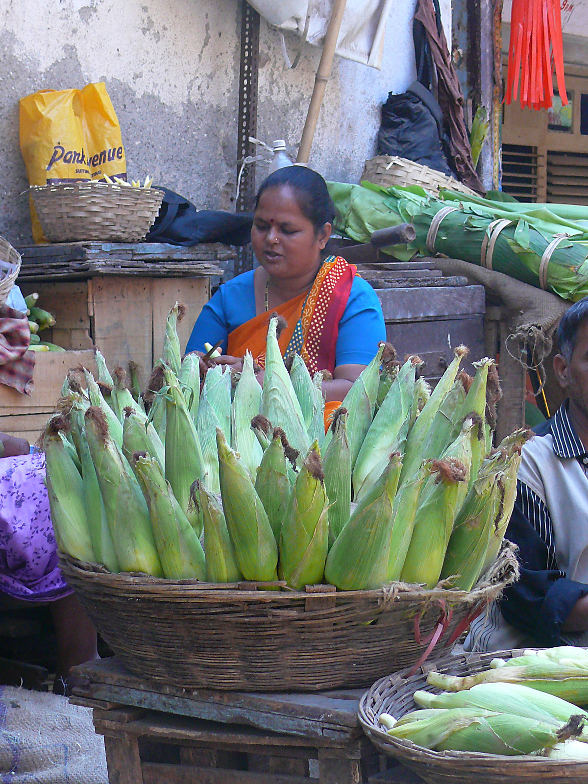 INDIEN MUMBAI Menschen Wohnen FINEST-onTour P1030468.jpg