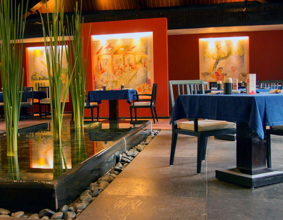 INDIEN Hotel Vivanta by Taj Connemara FINEST-onTour 7120.jpg
