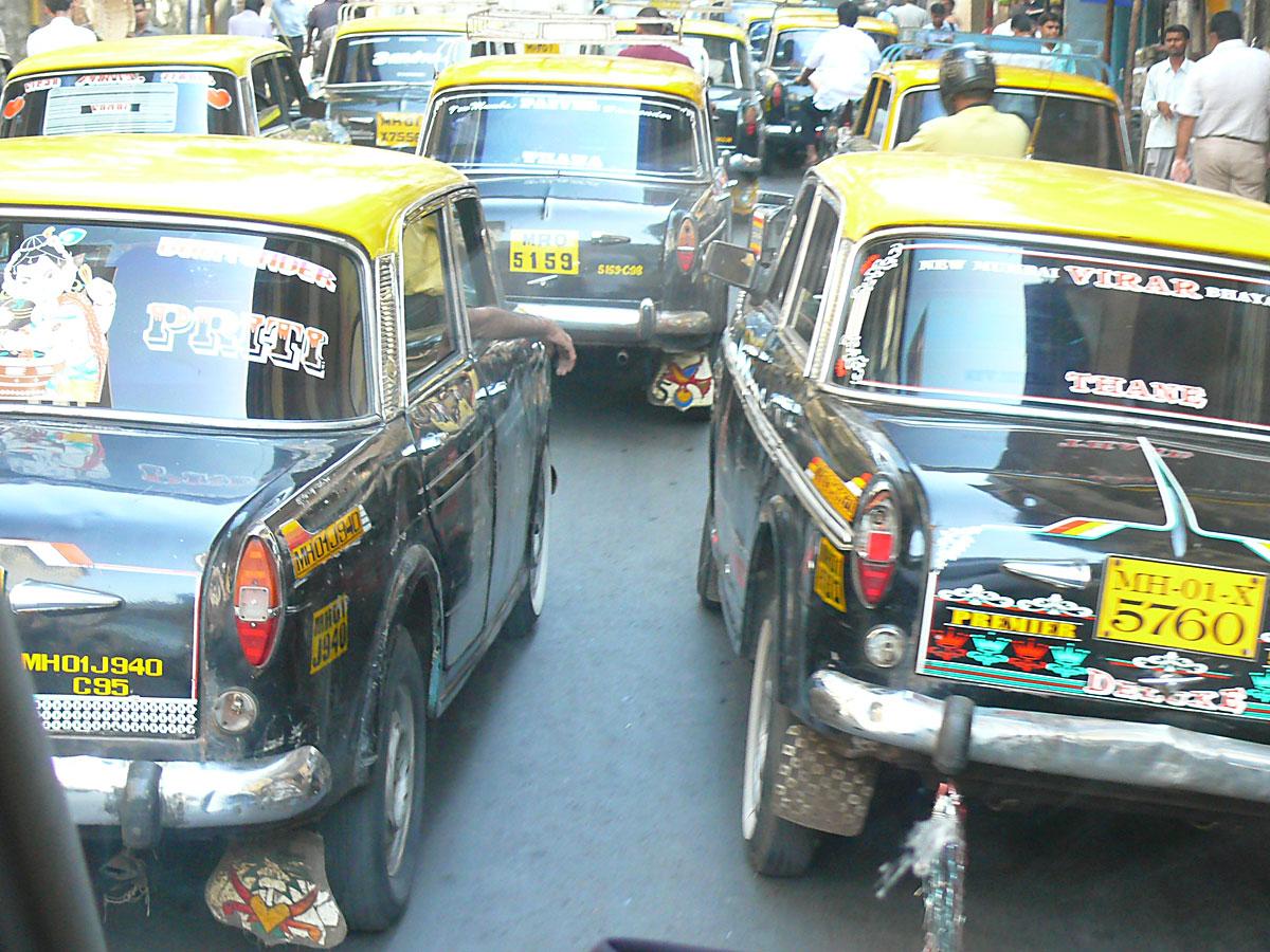 INDIEN MUMBAI Menschen Wohnen FINEST-onTour P1030491.jpg