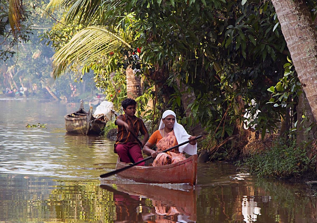 INDIEN Menschen Leben am Fluss FINEST-onTour 8545.jpg
