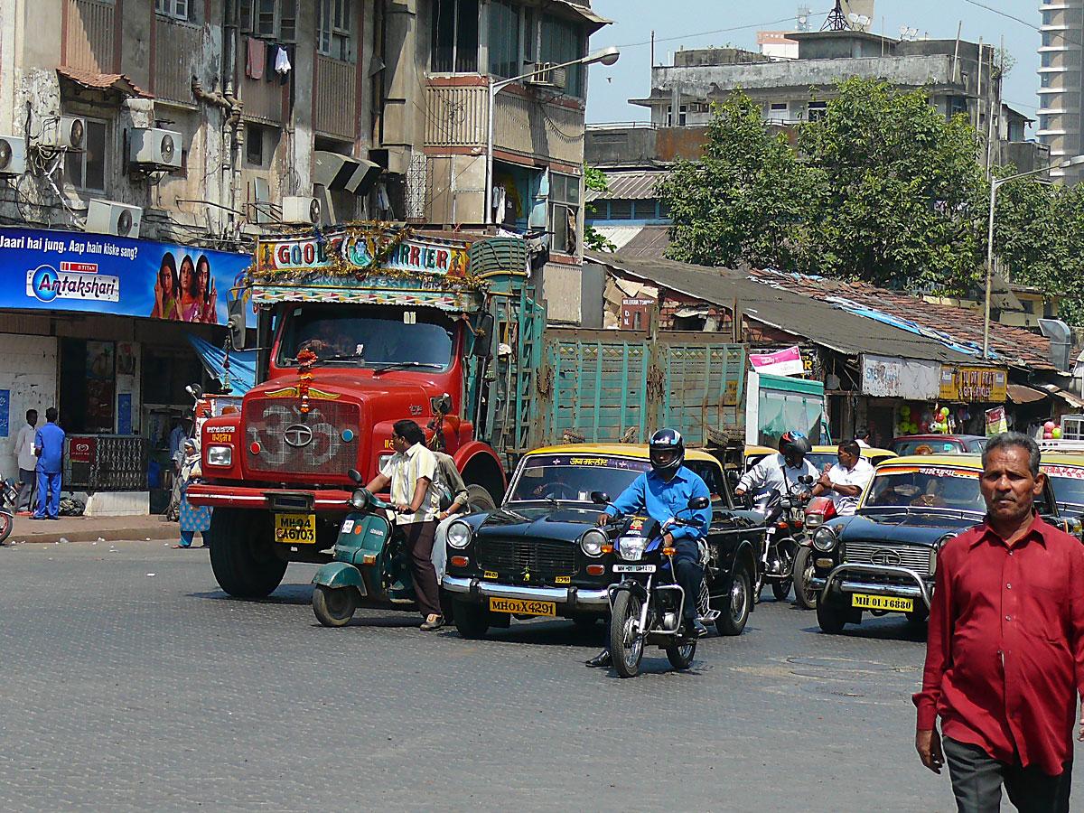 INDIEN MUMBAI Menschen Wohnen FINEST-onTour P1030361.jpg