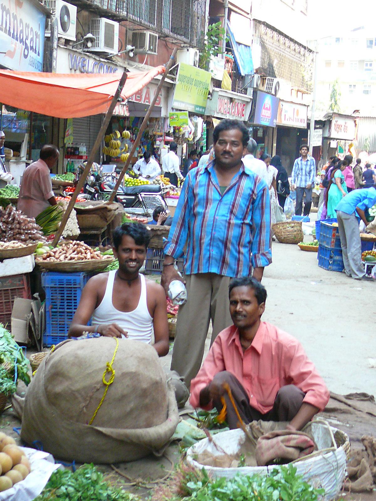 INDIEN MUMBAI Menschen Wohnen FINEST-onTour P1030464.jpg