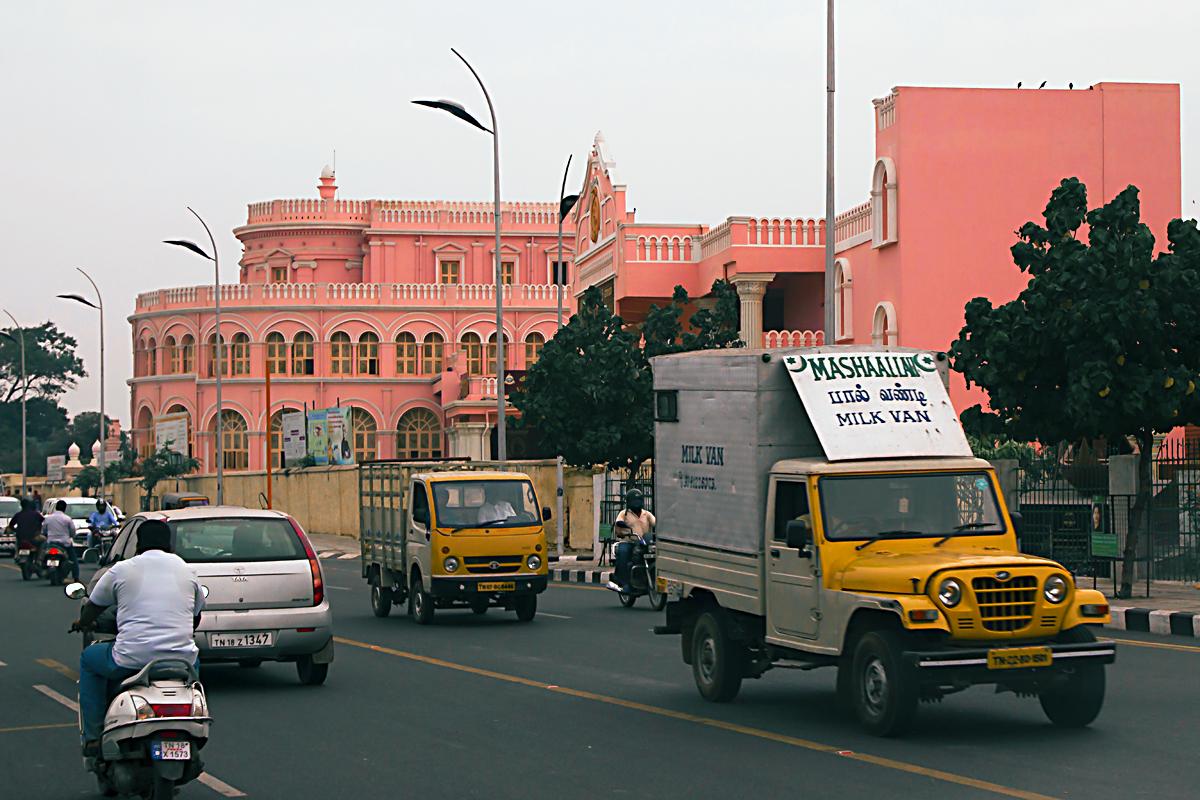INDIEN Chennai Menschen Tempel FINEST-onTour 7198.jpg