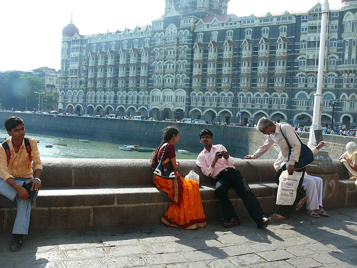 INDIEN MUMBAI Menschen Wohnen FINEST-onTour P1030516.jpg