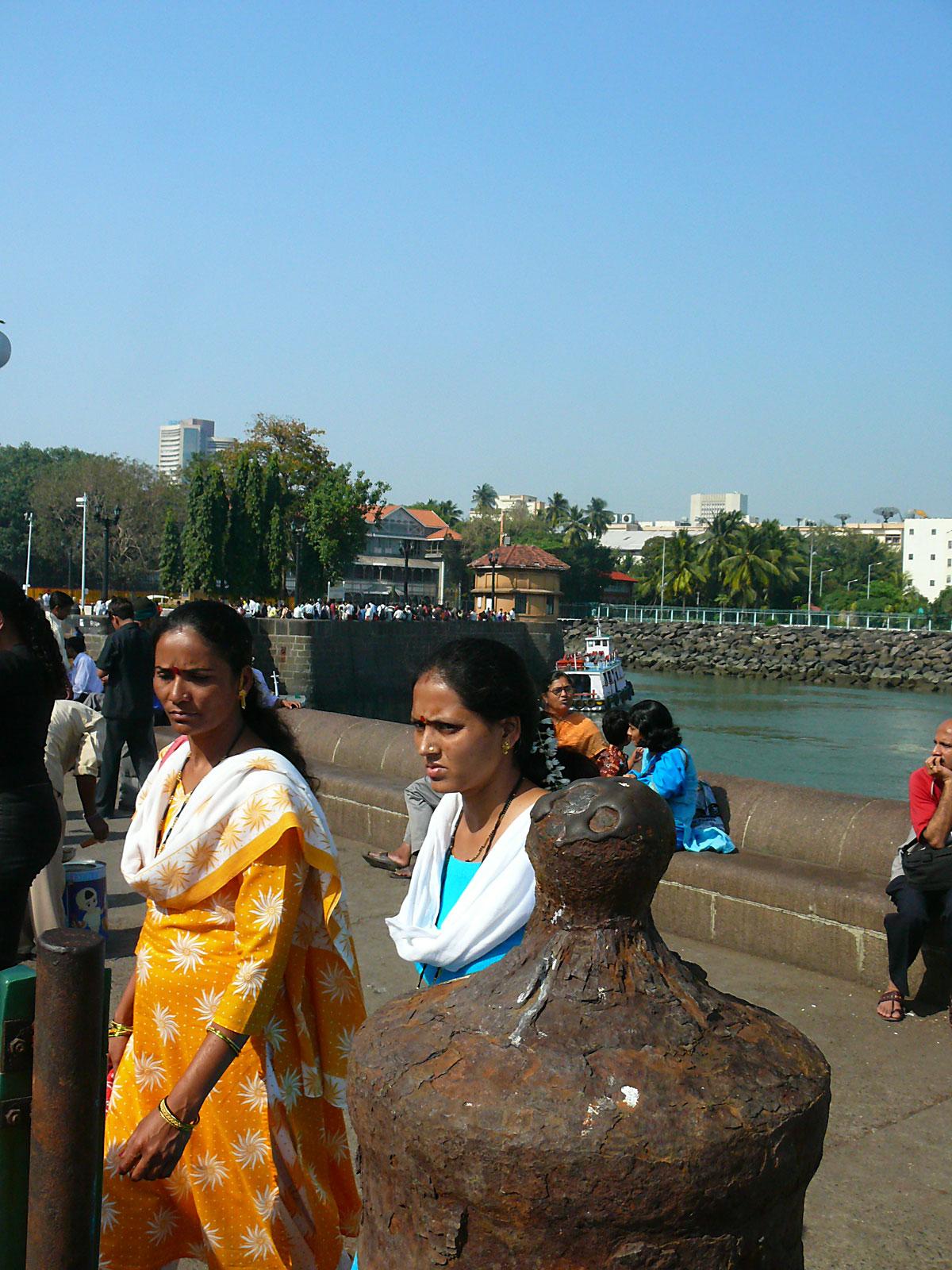 INDIEN MUMBAI Menschen Wohnen FINEST-onTour P1030508.jpg