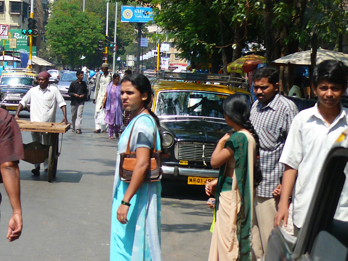 INDIEN MUMBAI Menschen Wohnen FINEST-onTour P1030386.jpg