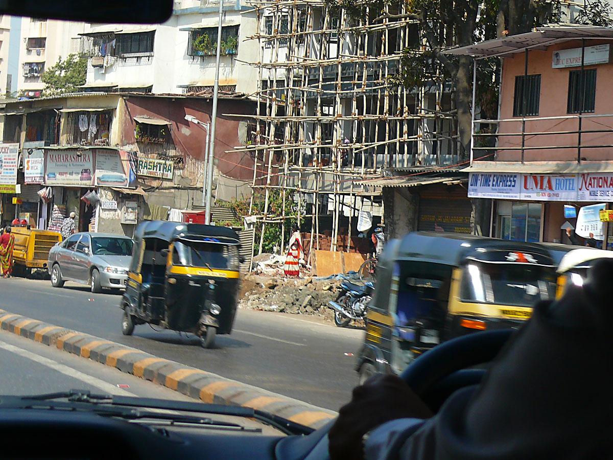 INDIEN MUMBAI Menschen Wohnen FINEST-onTour P1030326.jpg