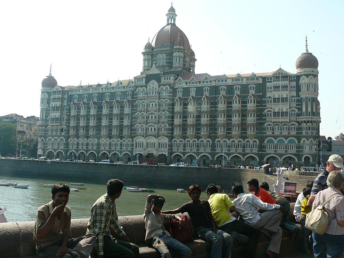 INDIEN MUMBAI Menschen Wohnen FINEST-onTour P1030514.jpg