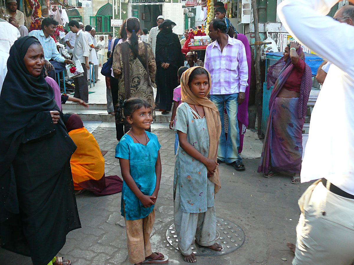 INDIEN MUMBAI Menschen Wohnen FINEST-onTour P1030591.jpg