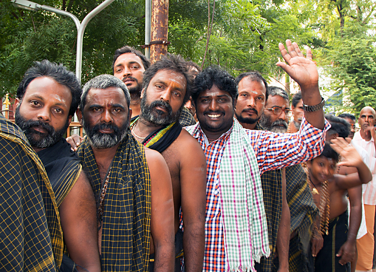 INDIEN Chennai Kanchipuram Tempel Menschen Tempel FINEST-onTour 7800.jpg
