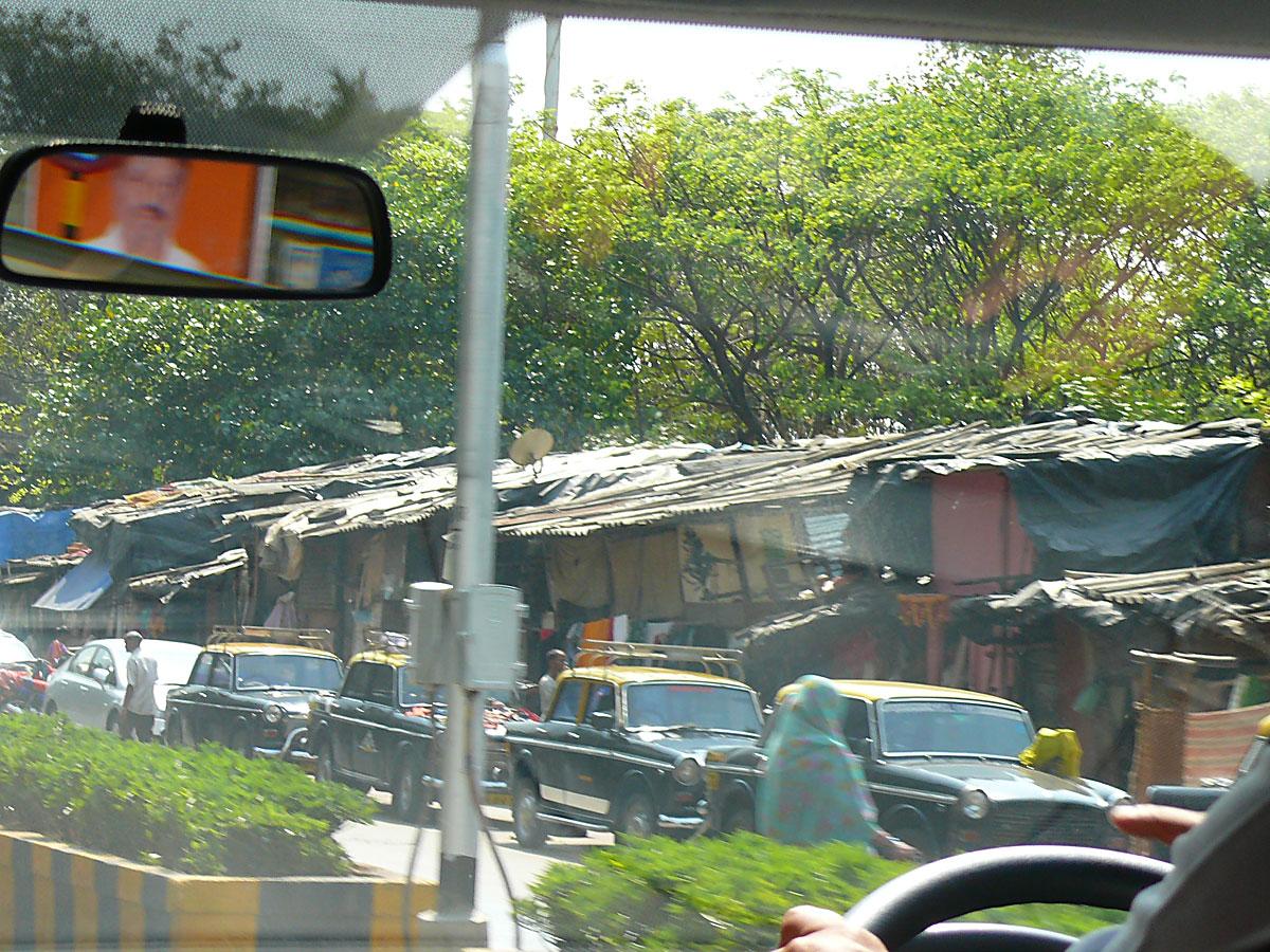 INDIEN MUMBAI Menschen Wohnen FINEST-onTour P1030403.jpg