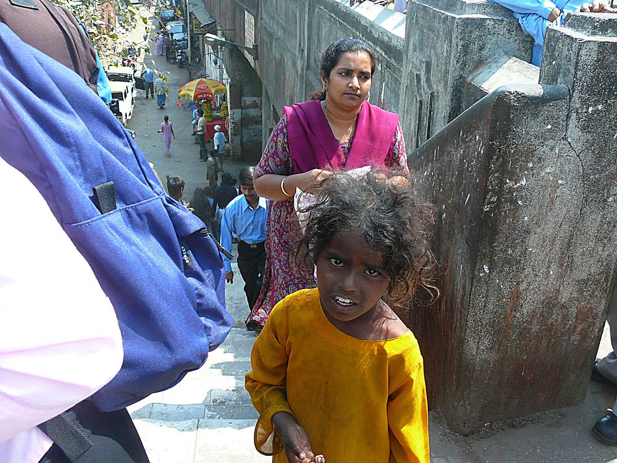 INDIEN MUMBAI Menschen Wohnen FINEST-onTour P1030421.jpg