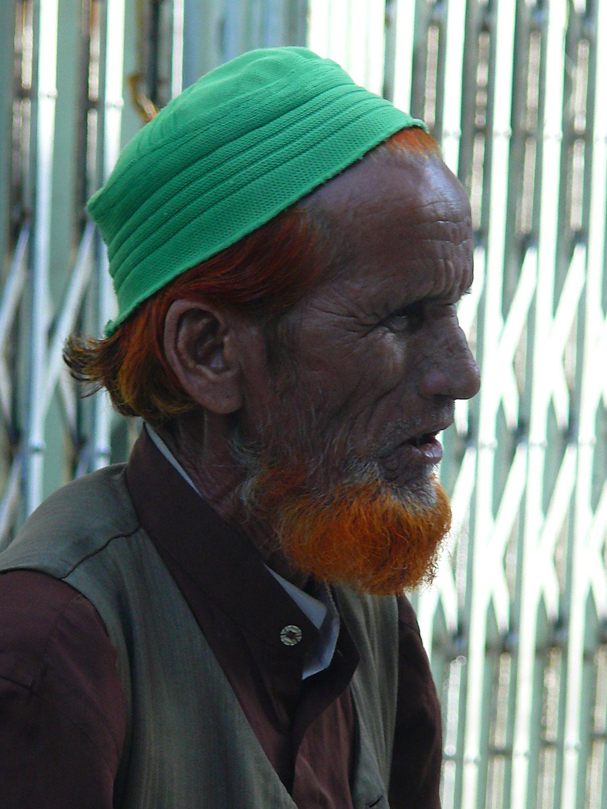 INDIEN MUMBAI Menschen Wohnen FINEST-onTour P1030602.jpg