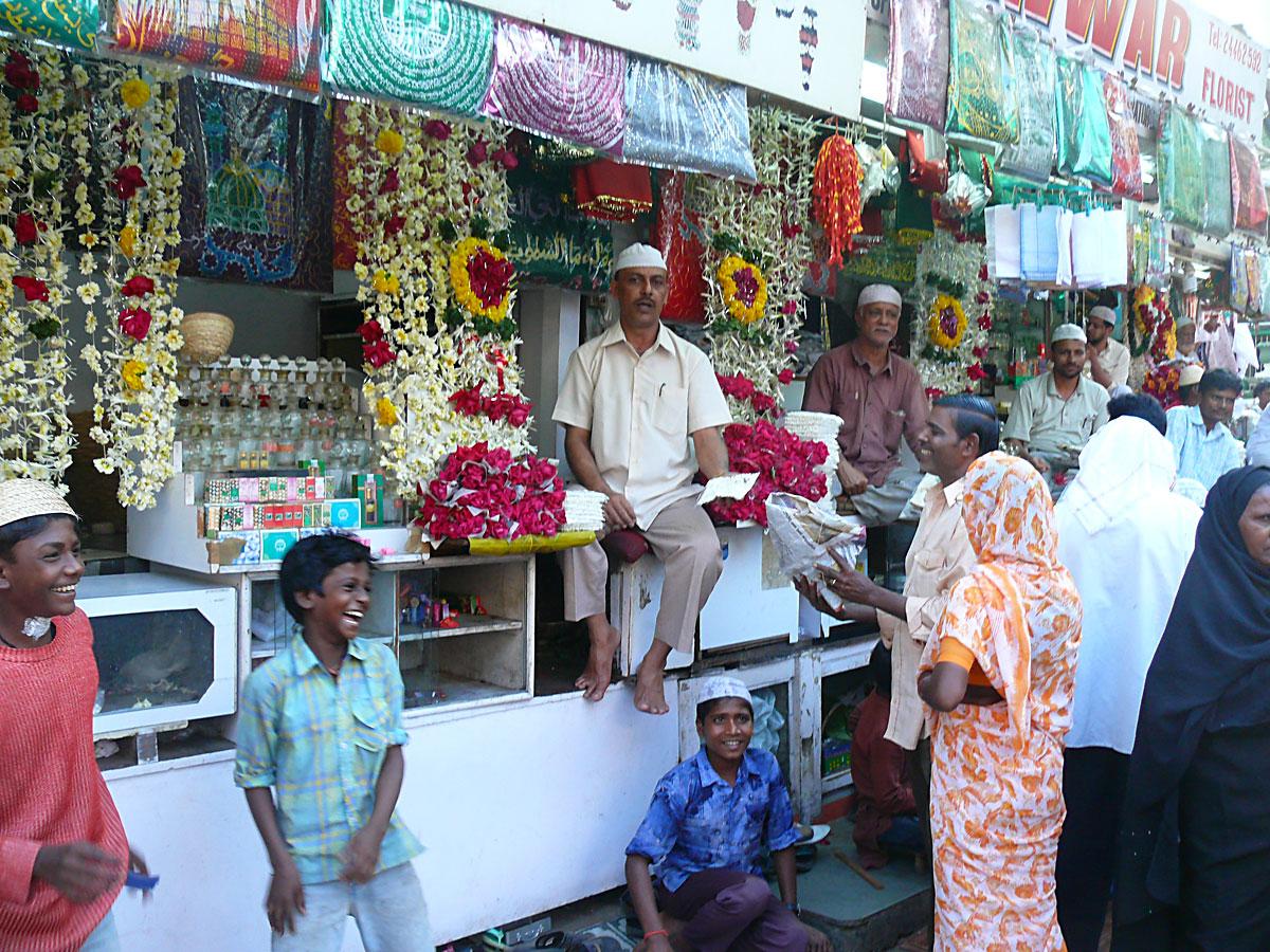 INDIEN MUMBAI Menschen Wohnen FINEST-onTour P1030590.jpg