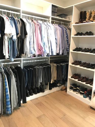 Professional Organizer: Closet
