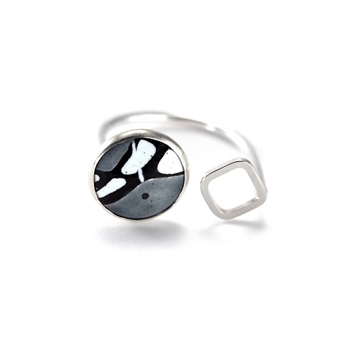 Grey Splash! Ring with Square