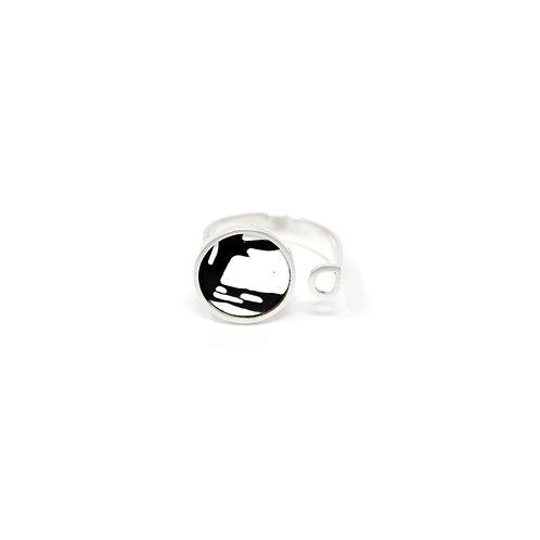 B&W Splash! Ring with Square