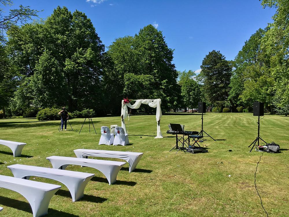 Hochzeitsfeier, Freie Trauung und Sektempfang im Kurpark Schömberg
