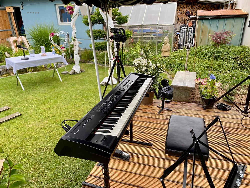 Freie Trauung und Hochzeitsfeier in Kuhardt, Piano/Jazzpiano