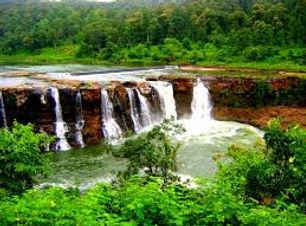 Gira Water Fall Saputara.jpg