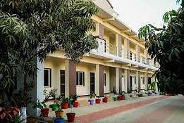 Daksh Resort.jpg