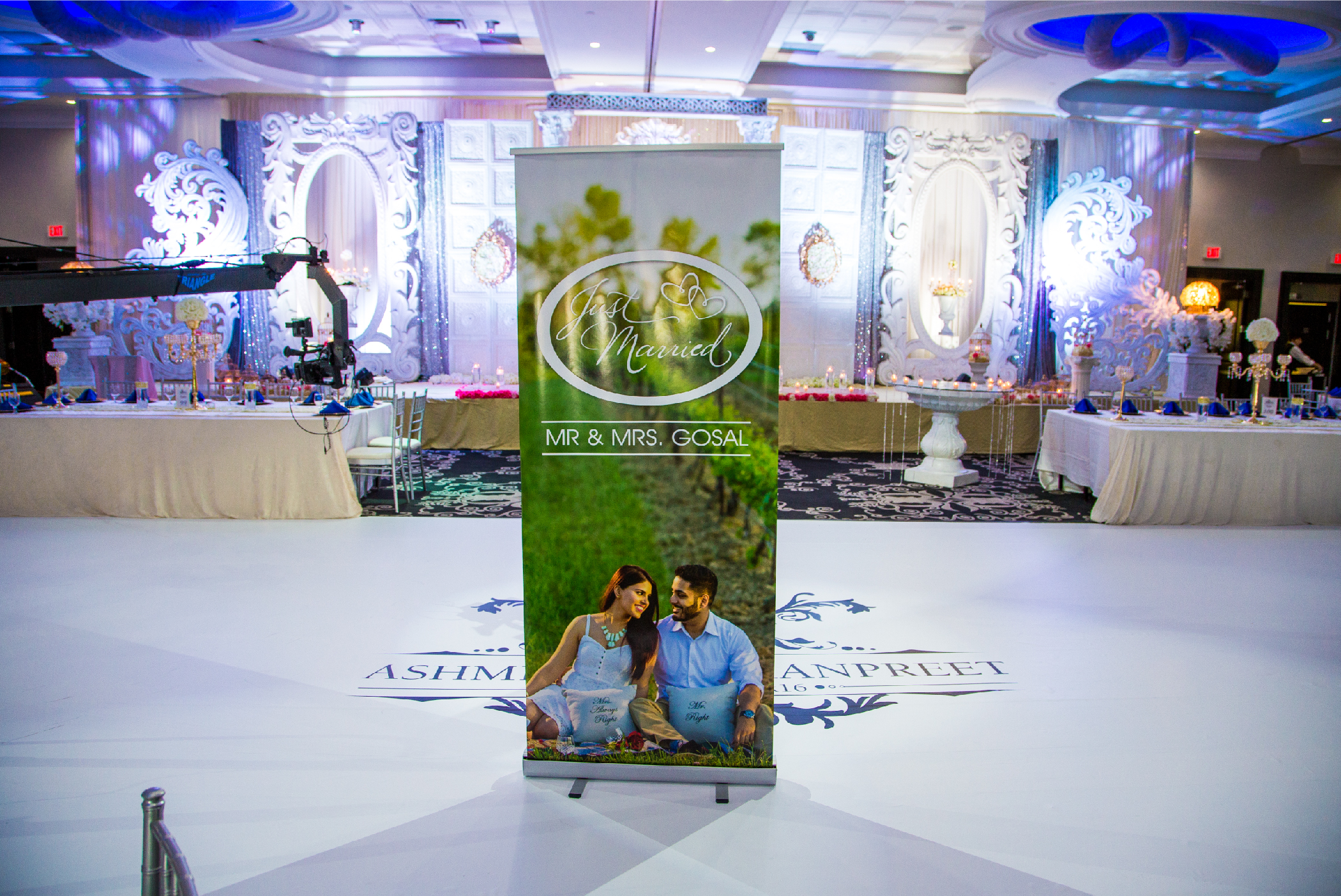 Banner Stands & Floors