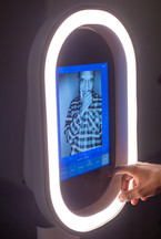 Modern Light Booth