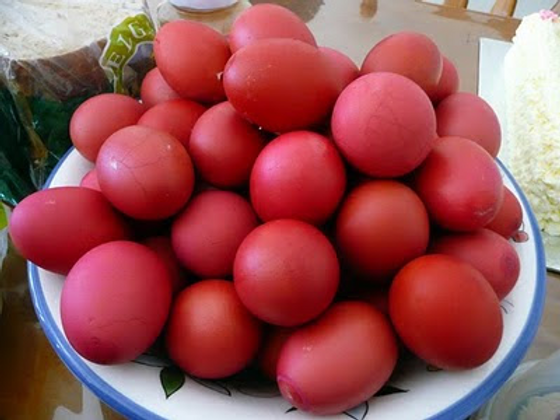 Red Eggs.png