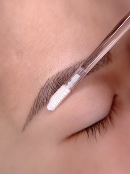 Healed Microblading results after one year! Thin healed microblading retention