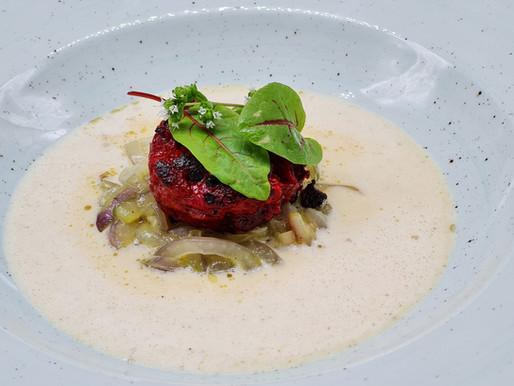 Höri-Bülle-Suppe mit Blutpudding / Zwiebelsuppe