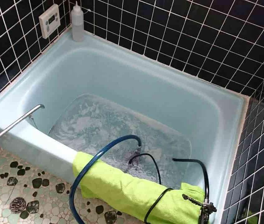 お風呂の追い炊き配管洗浄