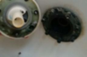 循環金具の汚れ