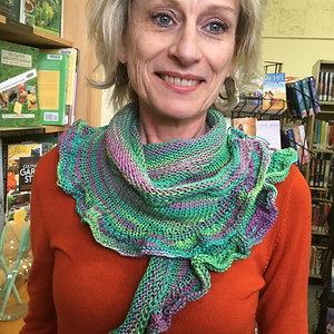 Ruffly summer scarf