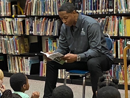 Scooter McGruder Visits Heights Schools